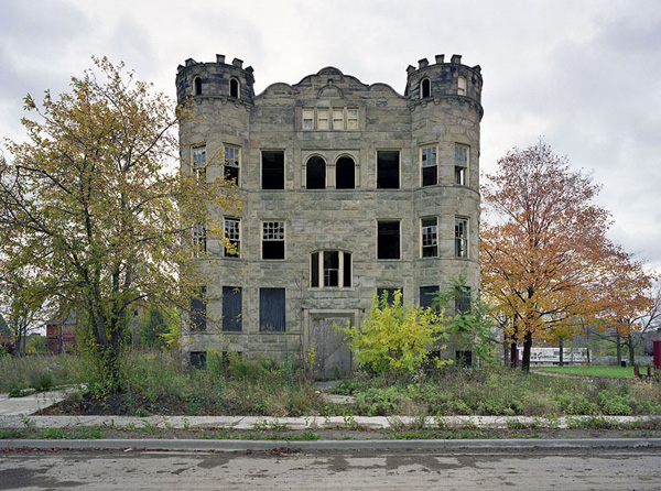 "Yves Marchand et Romain Meffre : ""The Ruins of Detroit ..."